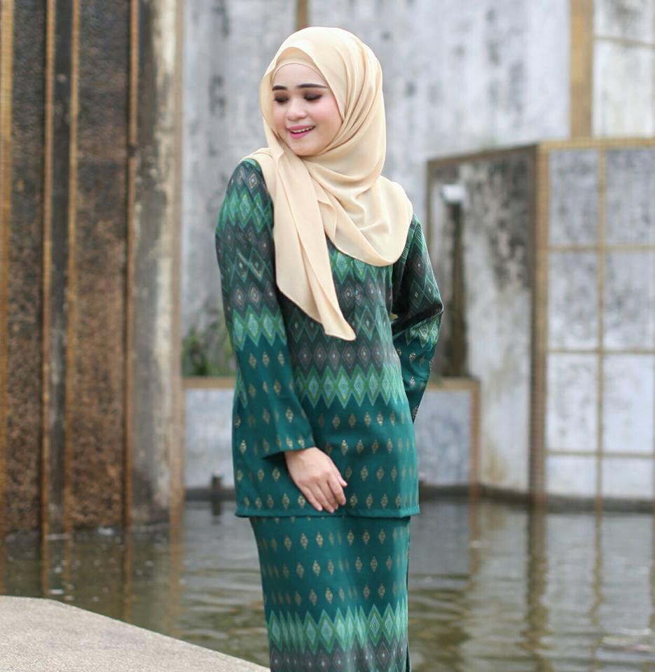 Baju Kurung Moden Mini Pendek Songket Hijau Saffeya